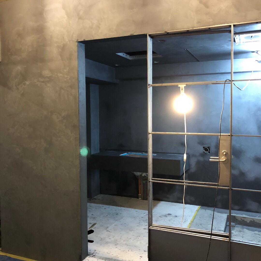 壁一面の施工